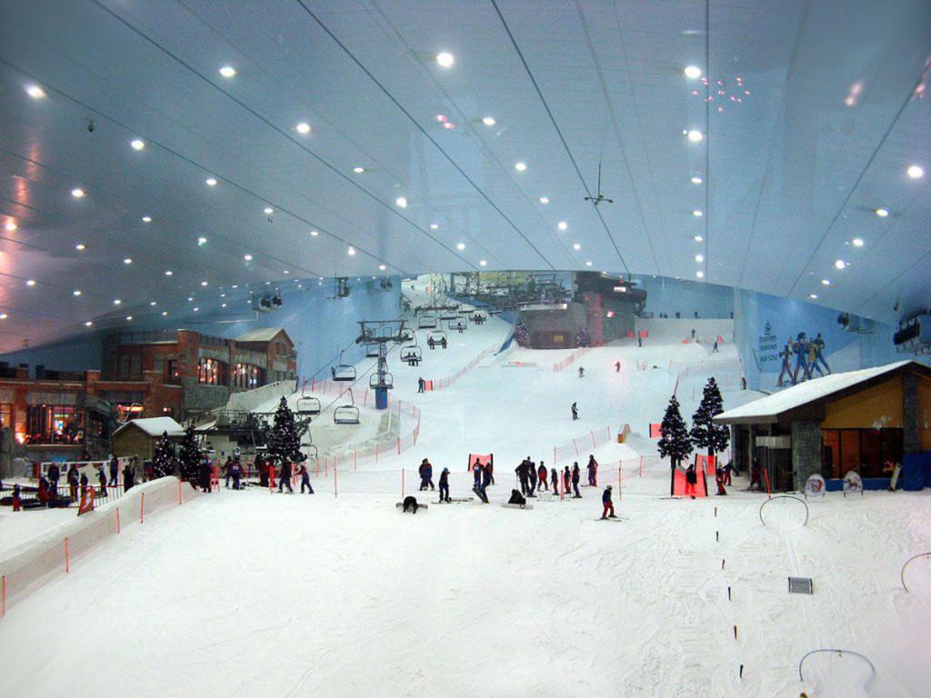 Горнолыжная трасса в Ski Dubai