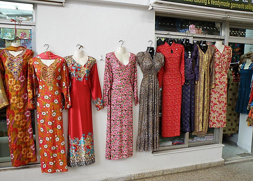 Платья мусульманских женщин.