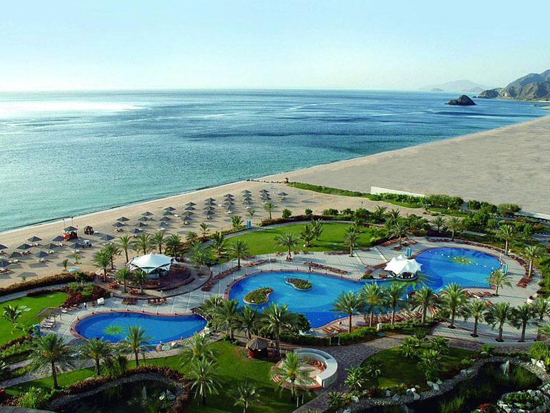 Пляж Al Aqah