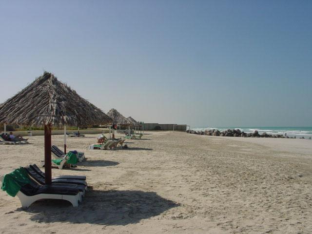 Пляж в Умм-аль-Кувейне