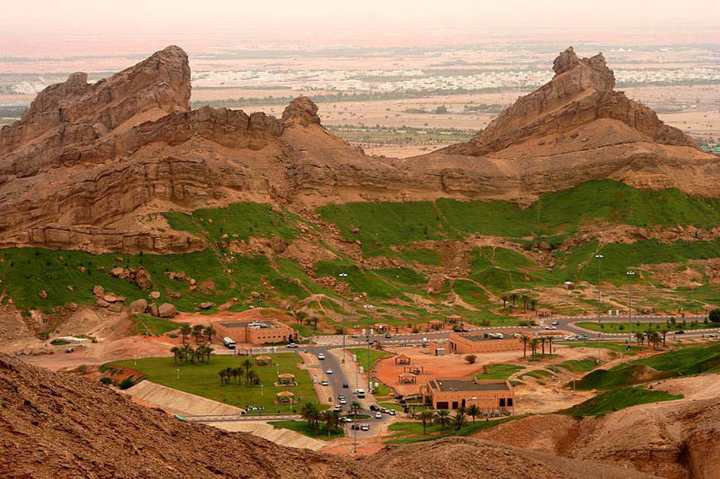 Подножье горы Jebel Hafeet