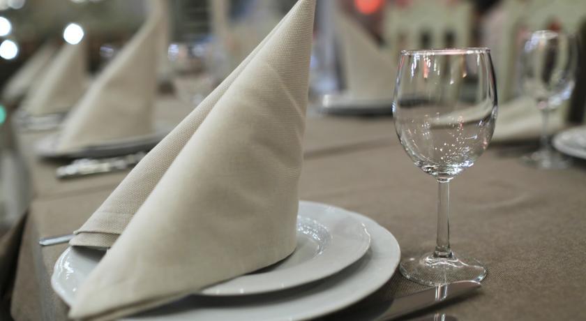 Ресторан в отеле Millennium Hotel Fujairah
