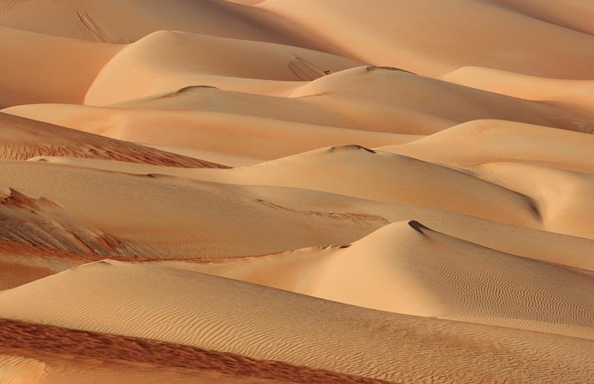 Золотисто-красные пески оазиса